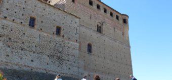 Serralunga, visita al castello con degustazione di Barolo