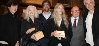 Patti Smith e Lynn Davis ad Alba per l'inaugurazione della loro mostra