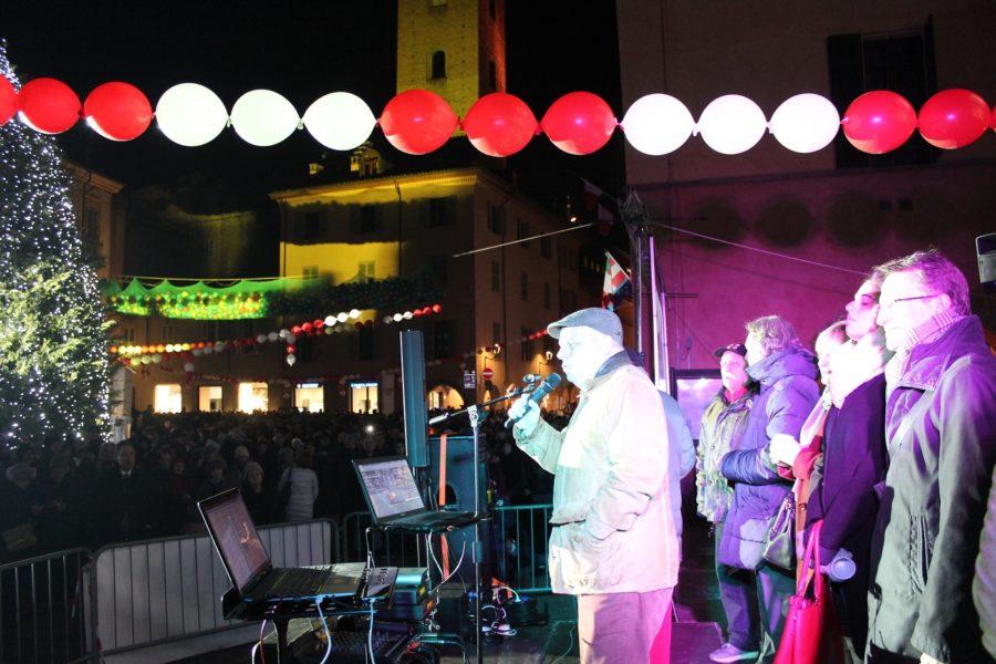Alba ha salutato l'anno nuovo con la festa in piazza del Duomo