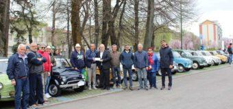 Alba invasa dalle Fiat Cinquecento per il raduno del 17 marzo