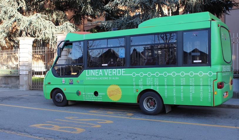Alba, riprende il Trasporto pubblico urbano con mezzi più grandi e orario estivo