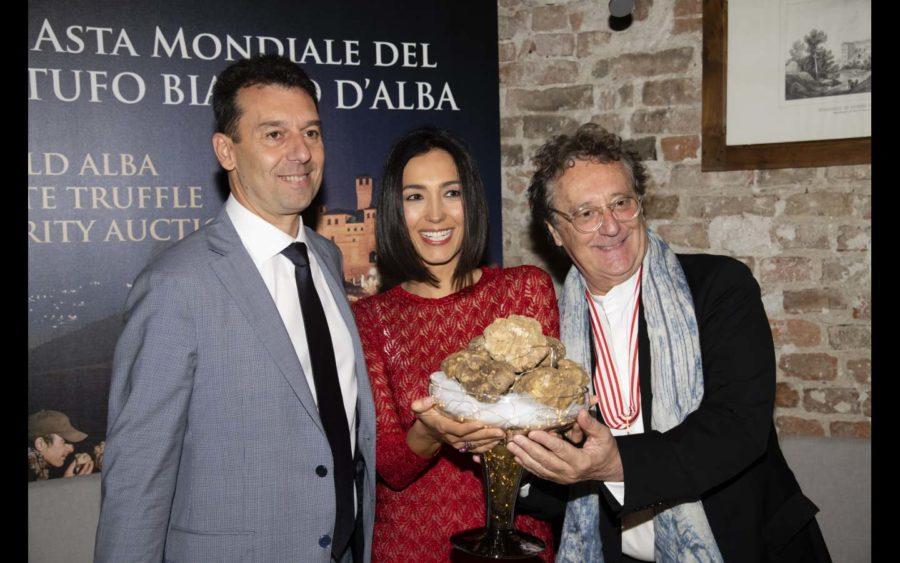 420.000 euro in beneficenza dall'Asta mondiale del Tartufo bianco D'Alba