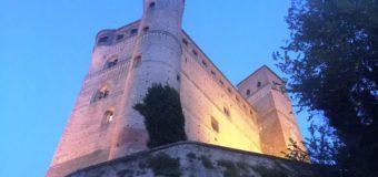 """Serralunga D'Alba, visita speciale al castello """"segreto"""""""