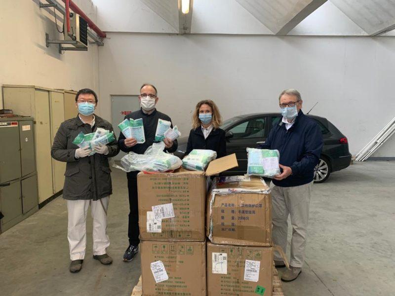 Asti, 10.000 mascherine arrivata da Nanyang in Cina
