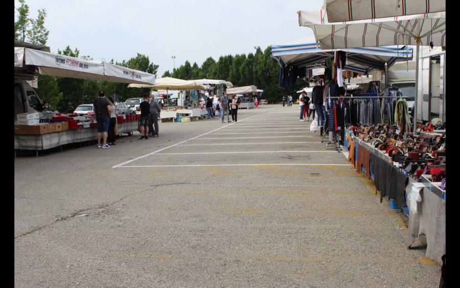 Alba, il mercato torna nel centro storico in sicurezza