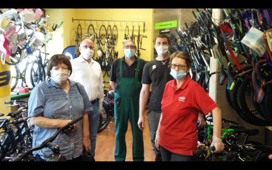 Asti, bici riciclate e rimesse a nuovo per i bambini meno fortunati