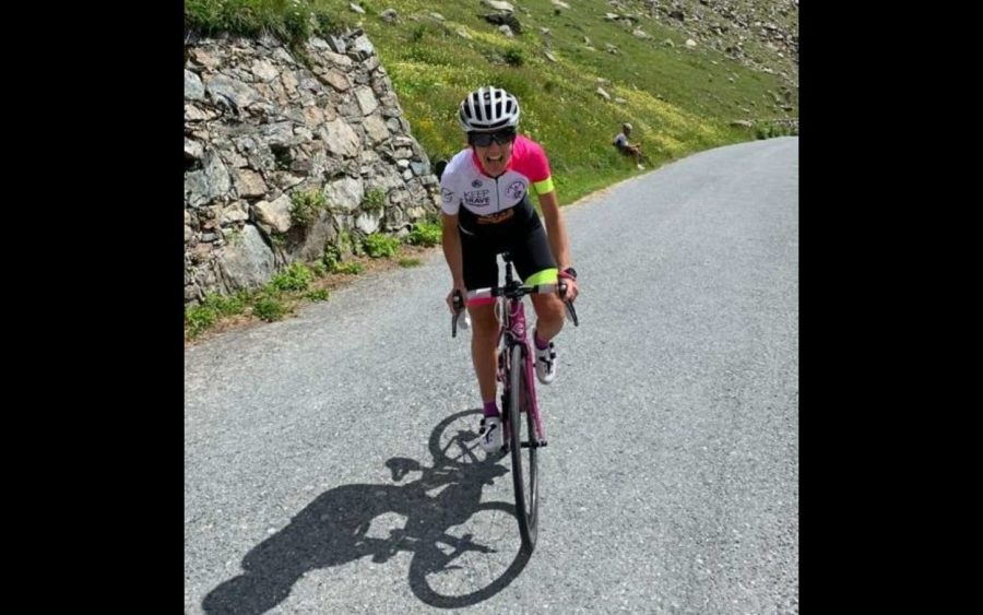 Alba, Paola Gianotti presenta la sua campagna per il rispetto del ciclista