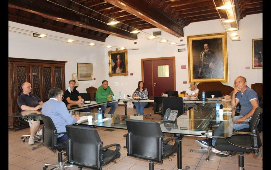 Alba, convocato con le associazioni di categoria un tavolo per la ricollocazione dei dipendenti della Stamperia Miroglio