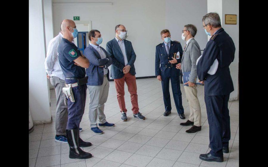 Asti, visita del Questore al Comando della Polizia municipale