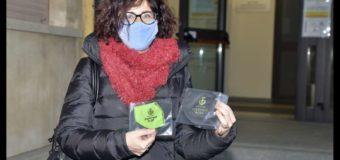 Alba, il Comune dona mascherine ai bambini e ai volontari del Piedibus