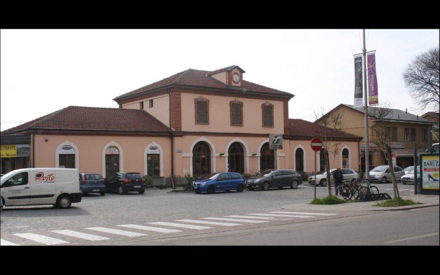 Alba, nel fine settimana i treni da Torino sostituiti da autobus