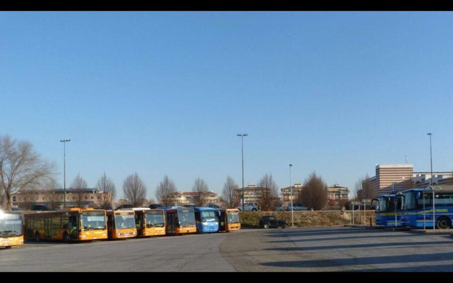 Alba, ampliamento dell'autostazione di piazzale Dogliotti per il trasporto scolastico delle Superiori