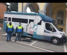 Nel territorio di Alba e Bra screening anticovid nelle scuole col laboratorio mobile dell'Asl Cn2