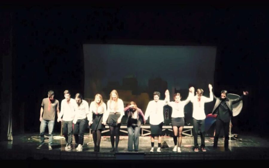 Alba, Teatro contro il bullismo, video degli studenti delle superiori