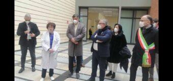 Asti, all'ospedale inaugurato un acceleratore lineare per il trattamento di radioterapia