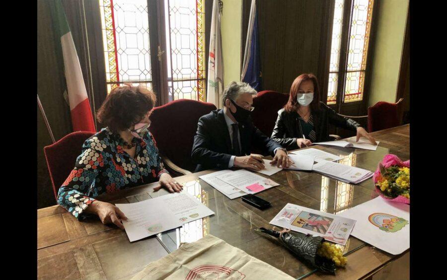 Alba, il Comune ha sottoscritto la Carta d'intenti contro il femminicidio