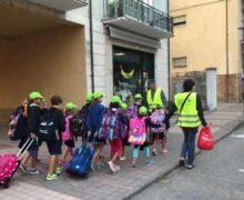 Alba, con la scuola riprende il servizio di piedibus