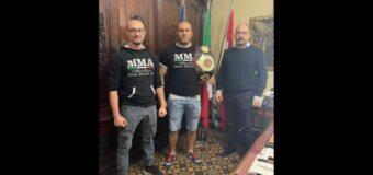 Asti, ricevuto in Municipio il campione italiano di Mma Giuseppe Ruotolo
