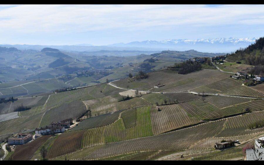 In Piemonte il voucher vacanze confermato fino alla fine dell'anno. Langhe, Monferrato e Roero fra le mete più richieste