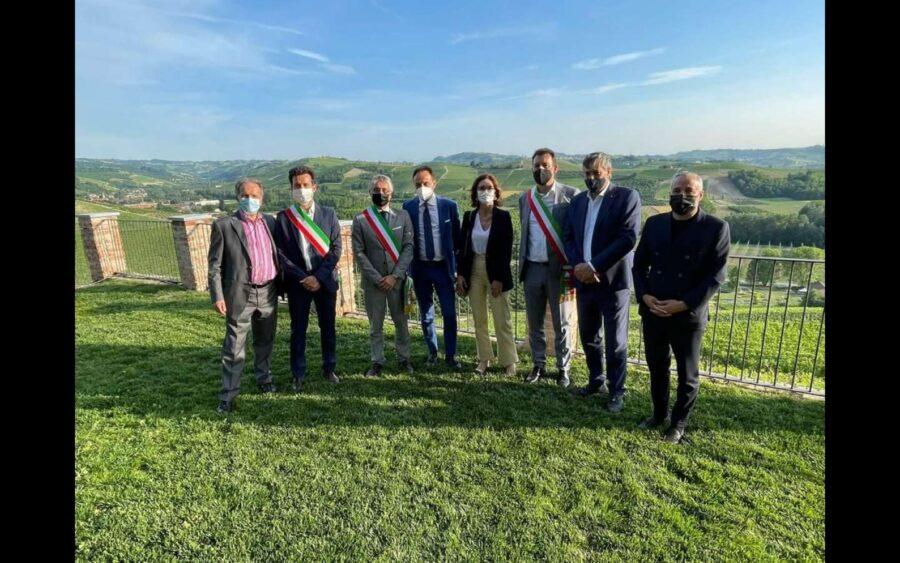 I sindaci di Alba, Langhe e Roero hanno incontrato il ministro per gli affari regionali Mariastella Gelmini