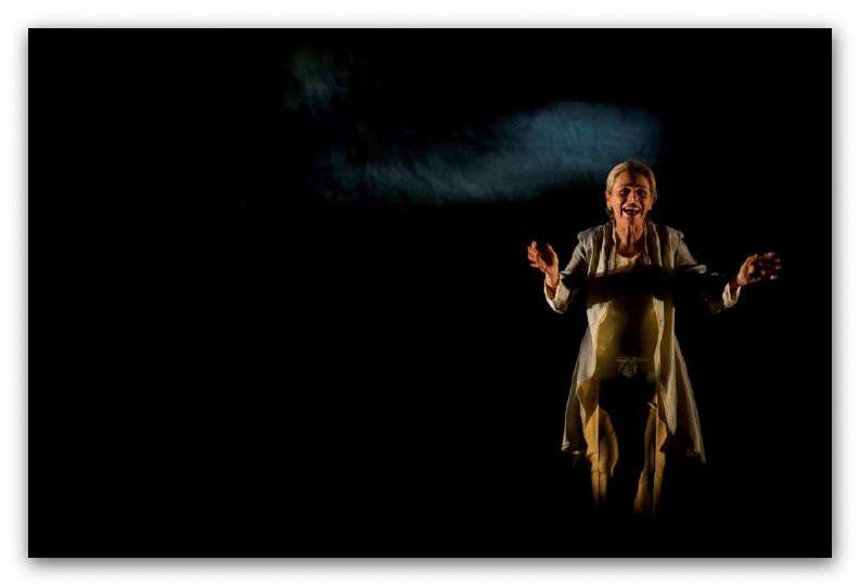 A Castagnole Lanze lo spettacolo teatrale Magnificat con Lucilla Giagnoni