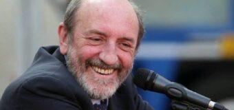 Alba, all'arena estiva del Teatro sociale la lectio magistralis di Umberto Galimberti